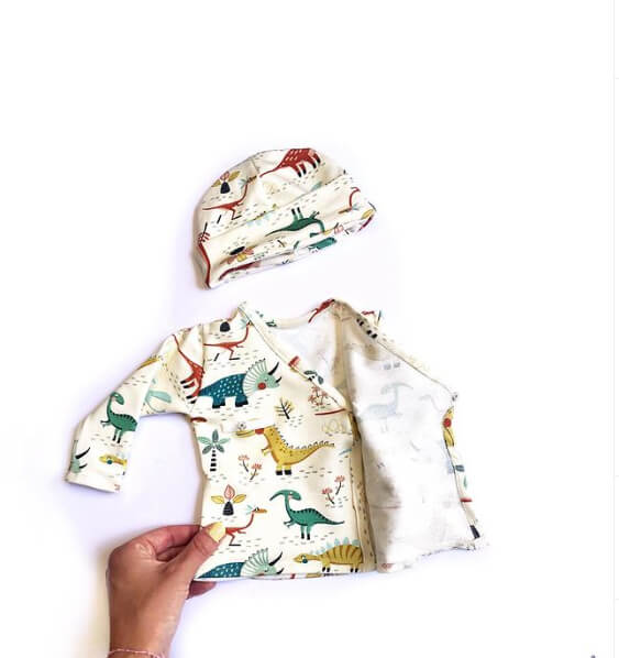 Dino Friends Exemples or Pattern Desings with this fabric.